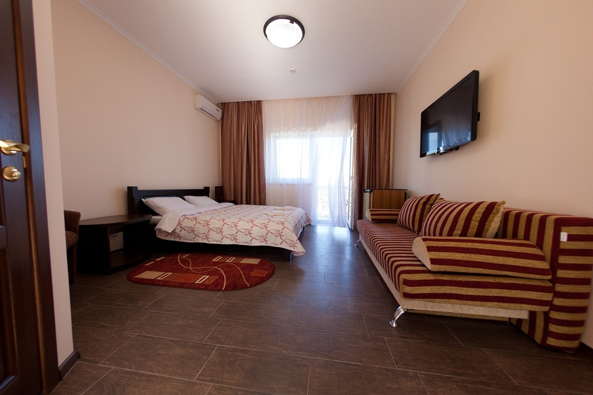 Фото Отель Гостевом доме «Эдельвейс»