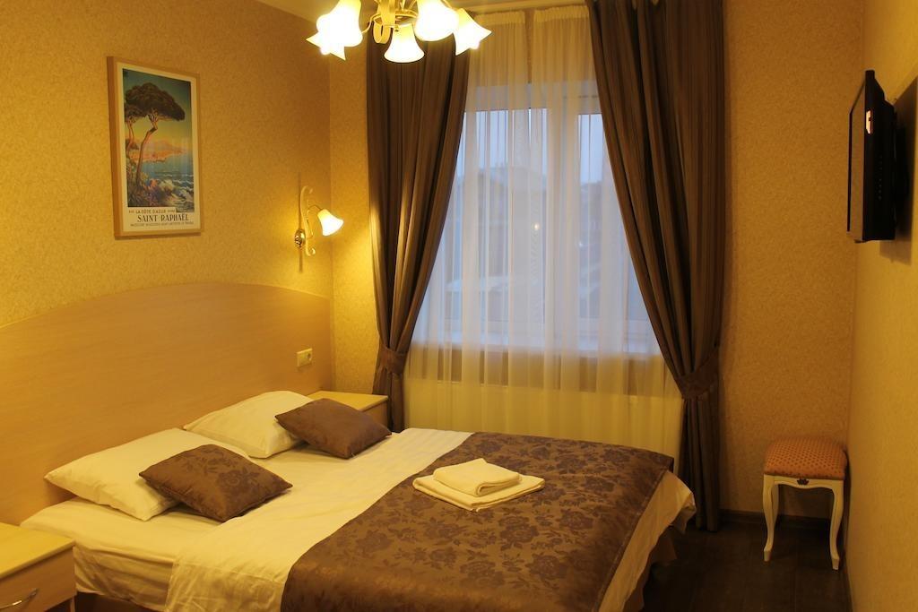 Фото Мини отель Гостевой Дом «Тиара Домодедово»
